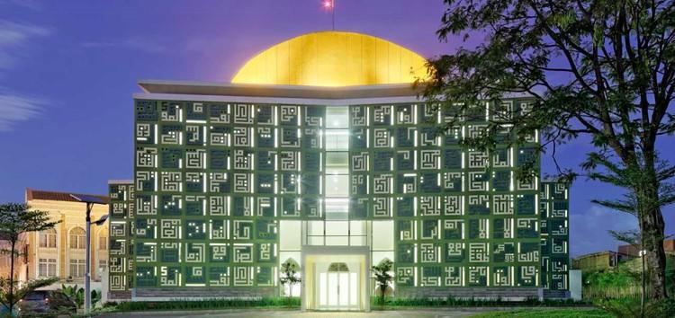 Masjid Raya Asmaul Husna