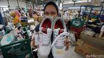 Melihat Pembuatan Sepatu Lokal di Klaten