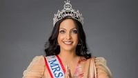 Drama Copot Mahkota Mrs. Sri Lanka, Caroline Jurie Mundur sebagai Mrs. World
