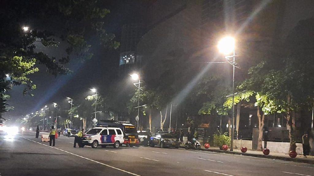 Tas Mencurigakan Ditemukan di Jalan Depan Royal Plaza Surabaya Berisi Speaker