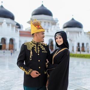 Kisah Bule Cantik Prancis Kepincut Pria Aceh Sampai Rela Jadi Mualaf