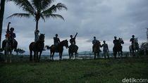 Ngabuburit Tak Biasa di Banjarnegara, Berkuda Keliling Kota