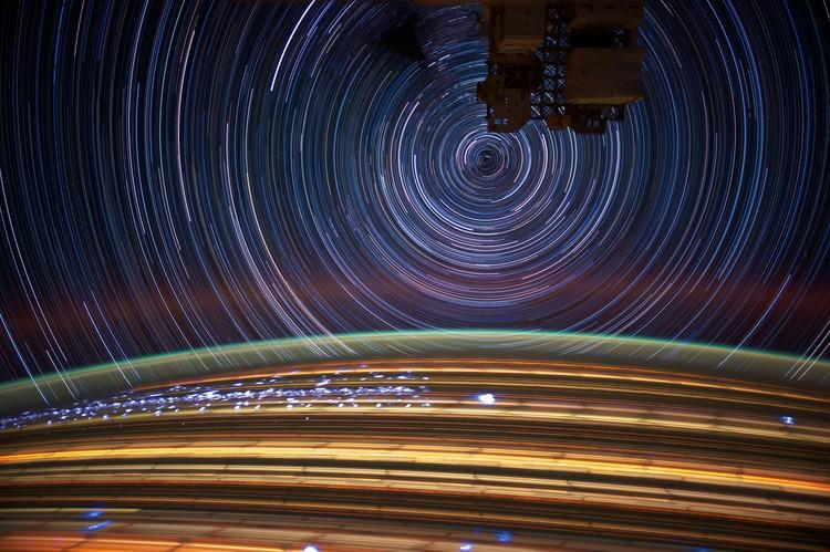 32 foto jepretan astronaut di luar angkasa bertanding di kontes fotografi Tournament Earth yang diadakan NASA