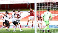 Gol Ceballos Dianulir VAR, Arsenal Vs Fulam Imbang di Babak I