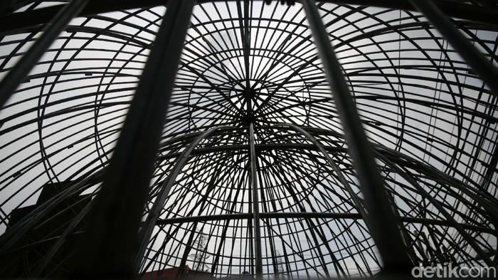 Salah satu lokasi pembuatan kubah masjid berada di Caman, Kota Bekasi. Pemilik usaha kubah Abay Khudori mengaku pesanan kubah tahun ini meningkat.