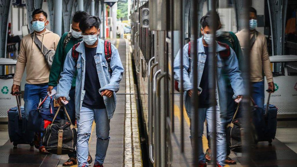 Syarat Naik Kereta Jarak Jauh Selama Larangan Mudik