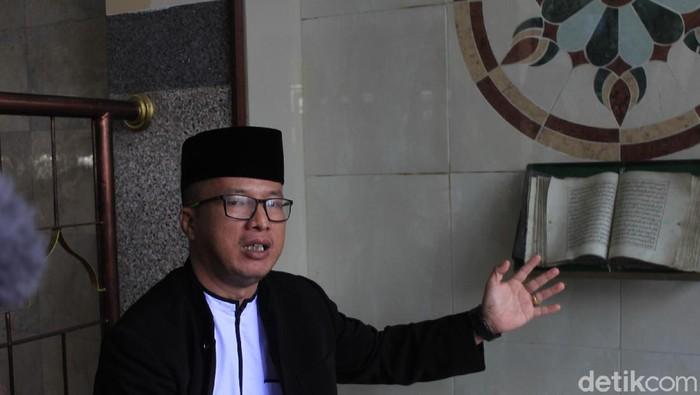 Al-Quran tua di Masjid Mungsolkanas Bandung.