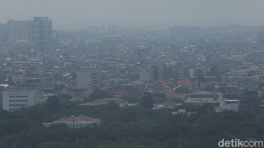 Pagi Ini, Kualitas Udara Jakarta Kembali Terburuk di Dunia
