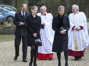 Anggota Kerajaan Ini Dapat Warisan Kereta Kencana dan Kuda Pangeran Philip