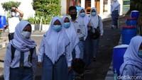 Perhimpunan Guru Khawatir Pencabutan SKB Seragam Sekolah Picu Intoleransi