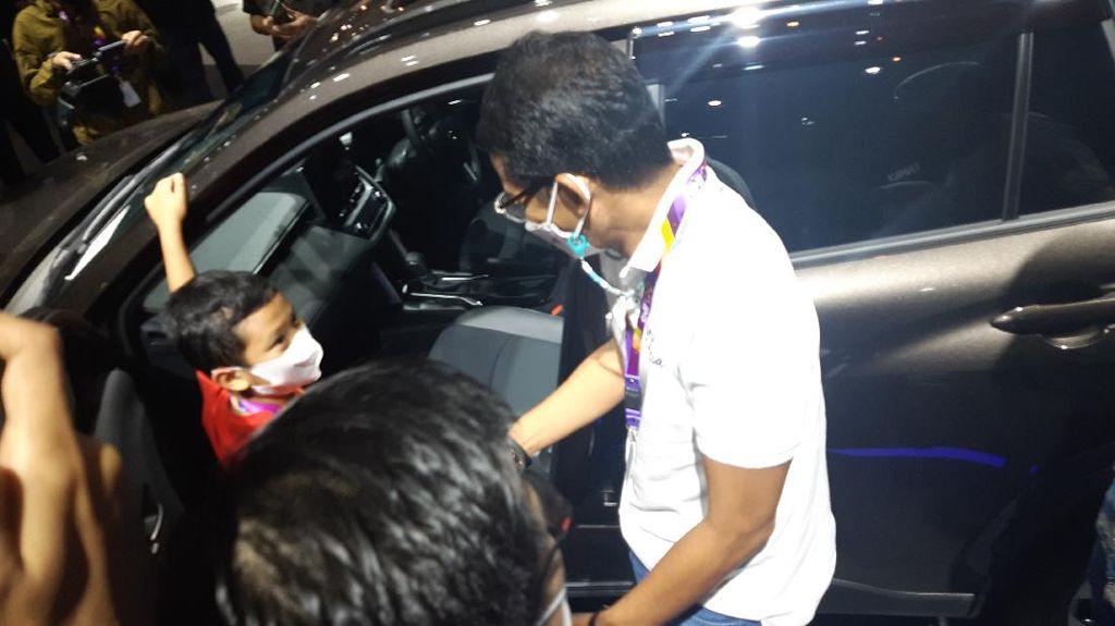 Sandiaga Uno Beli Mobil Hybrid Rp 500 Jutaan Nyicil, Singgung Gaji Menteri