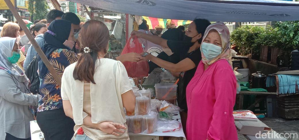 Pasar Ramadhan di Benhil