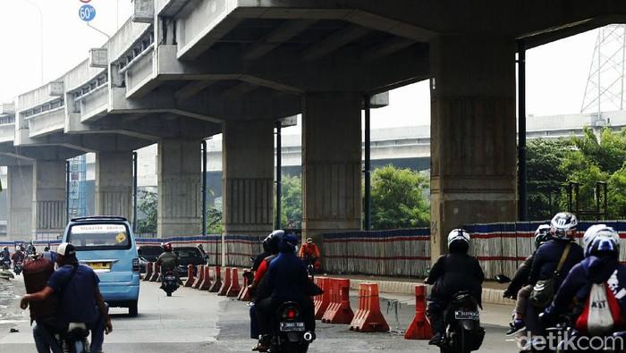Sejumlah titik disiapkan menjadi lokasi penyekatan untuk menghalau warga yang nekat mudik pada Lebaran nanti. Salah satunya di perbatasan Kota Bekasi-DKI Jakarta.