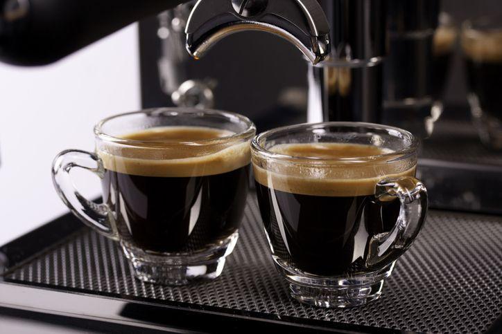 Espresso dan Kopi Tubruk, Mana yang Lebih Tinggi Kafein dan Kalori?