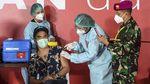 Saat Bimbim-Kaka Cs Disuntik Vaksin Corona