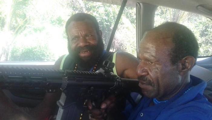 Satgas Nemangkawi menangkap Paniel Kogoya sesorang yang diduga menjadi penyandang dana kepada KKB Papua guna membeli senpi (dok Satgas Nemangkawi)