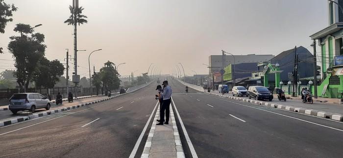 Suasana uji coba flyover Cakung di Jakarta Timur