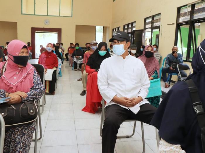 Wali Kota Pasuruan Saifullah Yusuf (Gus Ipul) ingin mewanti-wanti agar penyaluran bantuan memenuhi protokol kesehatan dan tidak ada kerumunan seperti Indonesia belum merdeka
