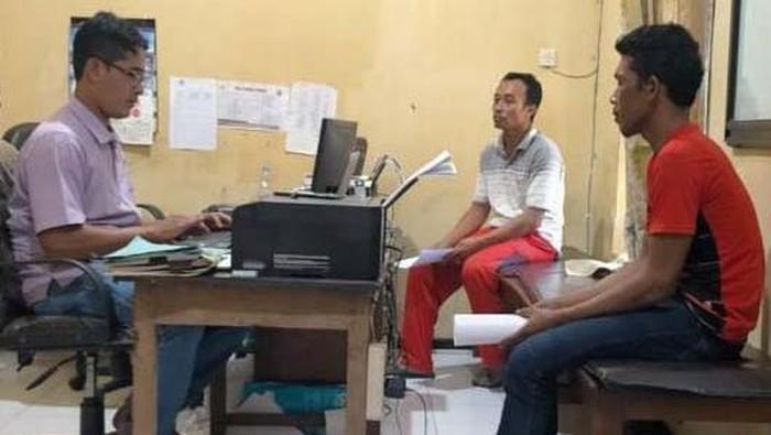 Doni Kuswo Widodo (35) nekat mencuri bebek petelur untuk memenuhi kebutuhan hidupnya. Tak tanggung-tanggung, penggangguran ini mencuri 165 bebek hanya dalam semalam.