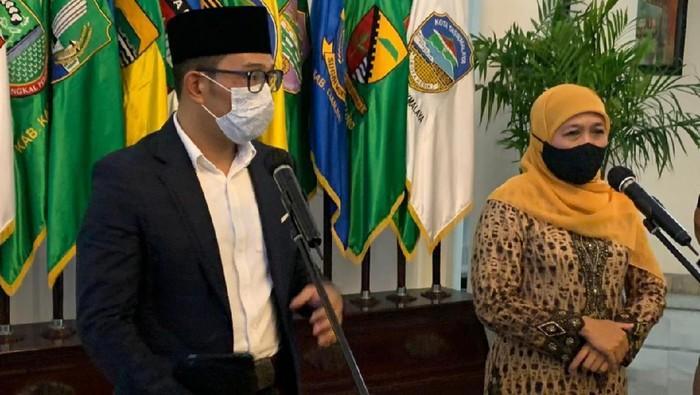 Gubernur Jawa Timur Khofifah Indar Parawansa bersilaturahmi dengan Gubernur Jawa Barat Ridwan Kamil di Kantor Pemprov Jabar (Gedung Sate)