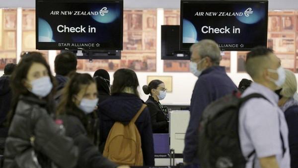 Dengan adanya travel bubble itu, kini 30 penerbangan Air New Zealand dalam satu hari. Padahal biasanya, maskapai itu hanya memiliki dua sampai tiga penerbangan. (Nick Perry/AP)