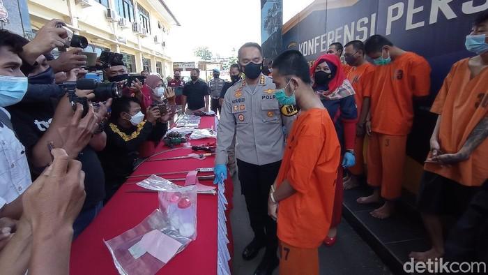 Muncikari Prostitusi Online di Cirebon