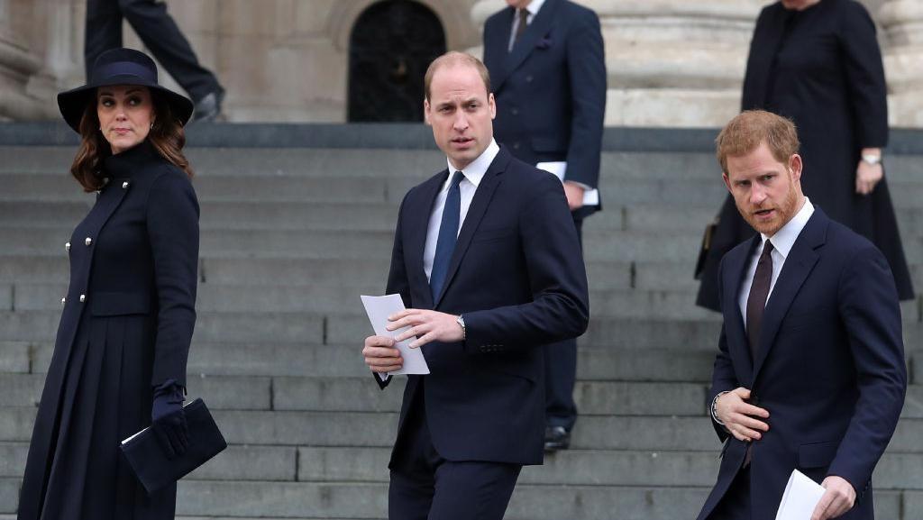 Harry dan William Tak Pernah Bicara Usai Pemakaman Pangeran Philip
