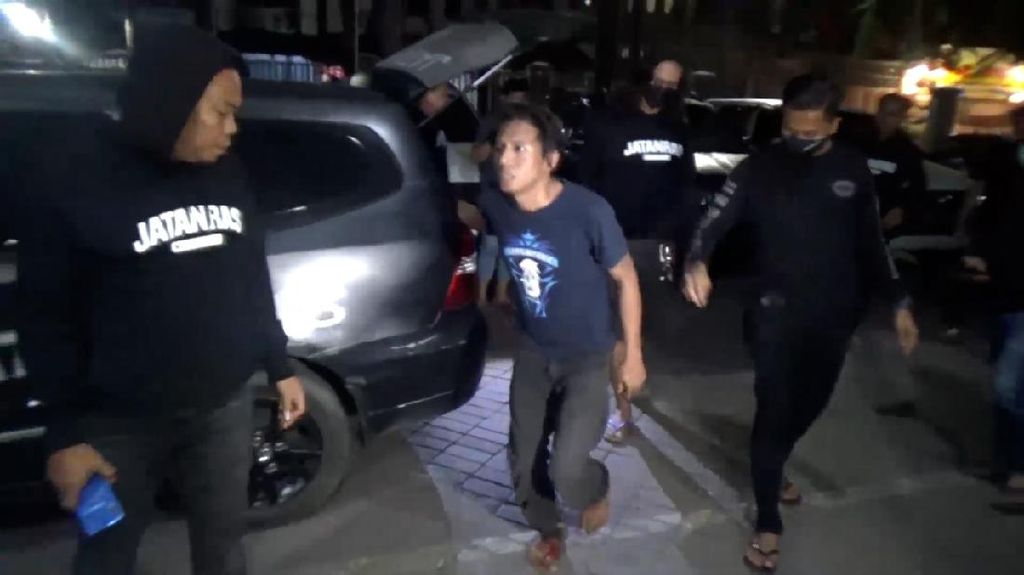 Polisi Tembak Kaki Pria Cabuli Remaja di Makassar