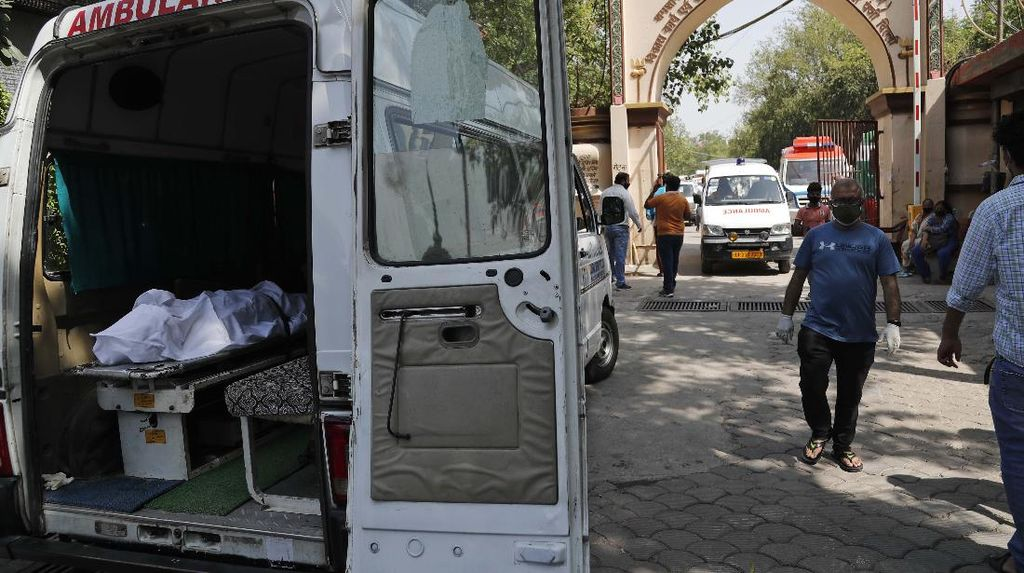 Kian Ganas! India Catat Lebih dari 300 Ribu Kasus Corona Sehari