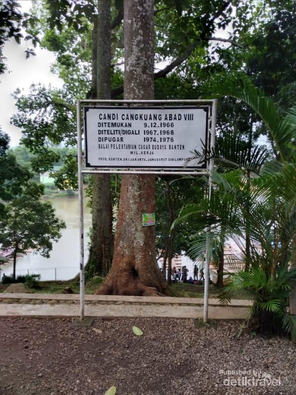 Candi Cangkuang ditemukan pertama kali pada 9 Desember 1966.