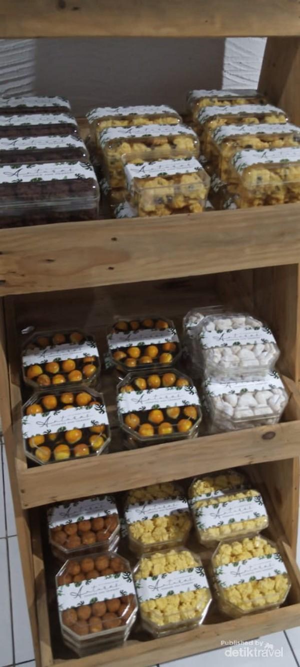 Lebih banyak variant khas kue Semarang