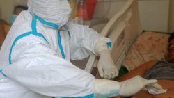 Nakes Wanita di Tengah Pandemi, Antara Keluarga-Tugas Bertaruh Nyawa