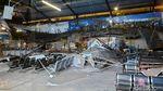 Foto: Garis Polisi Terpasang di Lokasi Plafon Ambruk Stasiun Pasar Turi