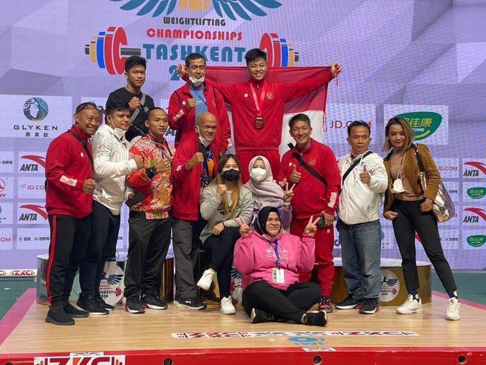 Rahmat Erwin Abdullah meraih perunggu di Kejuaraan Asia Angkat Besi 2021.