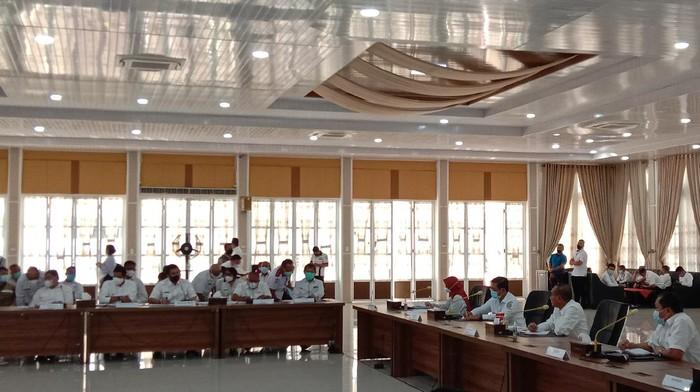 Rapat di rumah dinas Gubsu Edy (Ahmad Arfah-detikcom)