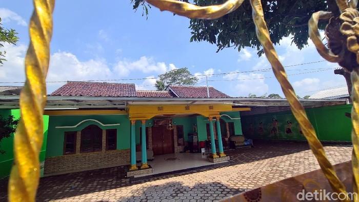 Rumah Milik Tersangka EDCCash di Sukabumi