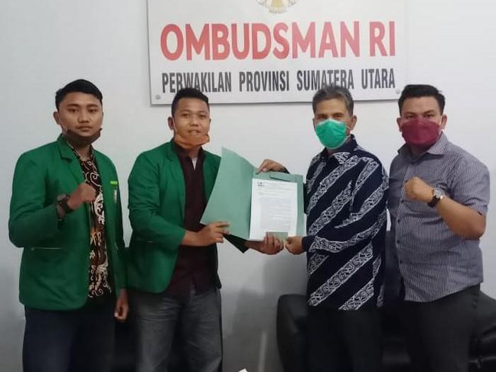 Sejumlah mahasiswa UIN Sumut mengadu ke Ombudsman soal dugaan intimidasi.