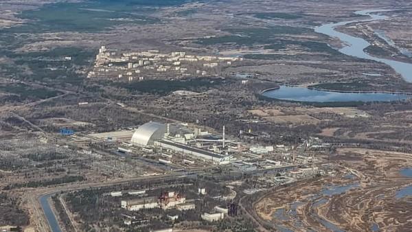 Selama penerbangan, pesawat akan berada di atas ketinggian minimum yang diizinkan yaitu 900 meter di atas Chernobyl.