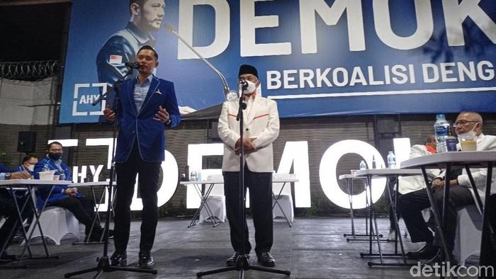 AHY terima kunjungan Presiden PKS, Ahmad Syaikhu di Kantor DPP Demokrat