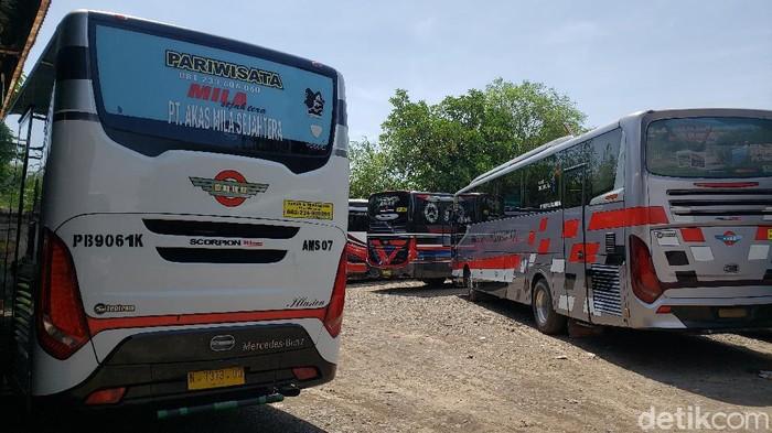Pemerintah melarang mudik 2021. Sama seperti tahun lalu, PO bus harus gigit jari dalam momentum yang biasanya banyak penumpang.
