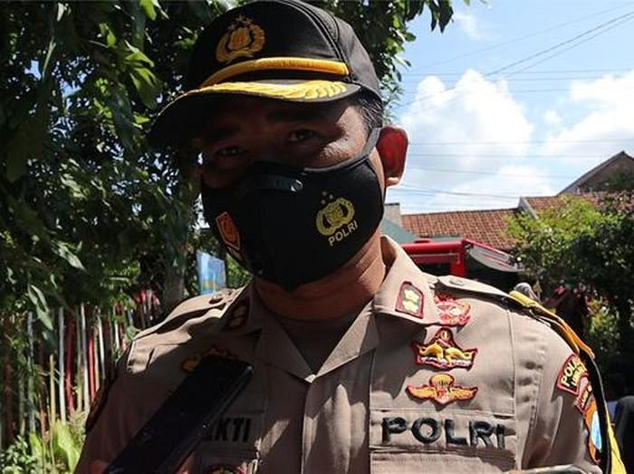 Kapolres Lumajang AKBP Eka Yekti Hananto Seno melalui Paur Subbag Humas Ipda Andrias Shinta mengatakan, pemasangan GPS ini untuk menekan angka kasus pencurian sapi di Lumajang.