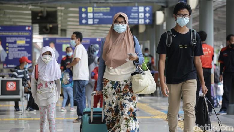 Pemerintah telah melarang mudik pada 6-17 Mei 2021. Kini, aturan perjalanan sebelum dan sesudah larangan mudik pun diperketat.