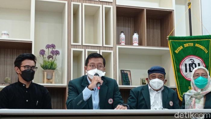Ketua IDI Cabang Jakarta Selatan M Yadi Permana