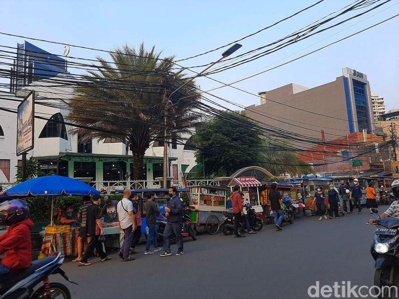 pasar takjil Benhil tetap jadi primadona warga Jakarta.