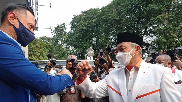 Presiden PKS Ahmad Syaikhu bertemu Ketum PD AHY (Foto: Wilda/detikcom)