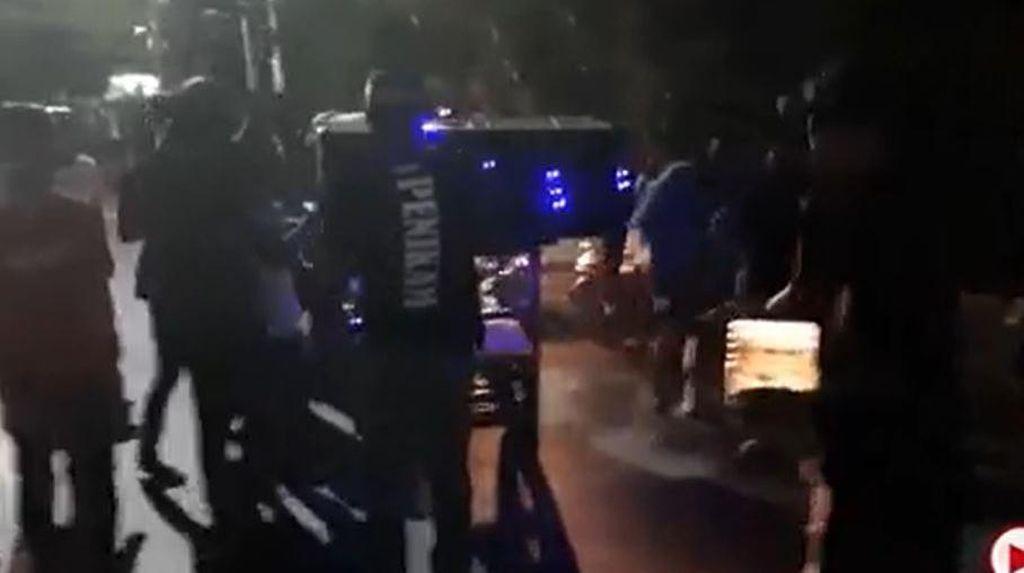 Putar Musik-Tak Bermasker, Sahur di Jalanan Makassar Dibubarkan