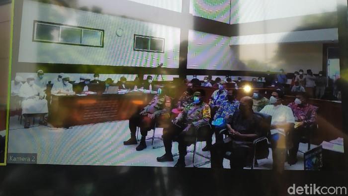 Sejumlah saksi memberikan kesaksian dalam sidang kasus kerumunan di Petamburan