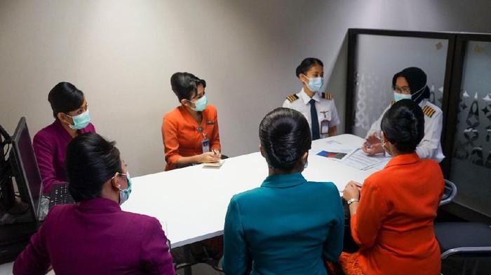 Memeriahkan semangat Hari Kartini, Garuda Indonesia mengadakan penerbangan khusus bertajuk 'Kartini Flight'.