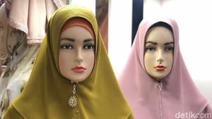 Tren Hijab Khimar Ceko di Thamrin City untuk Lebaran 2021, Seperti Apa?