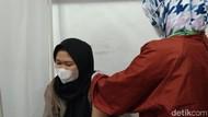 Dinkes Majalengka Klaim Masyarakat Antusias Ikuti Vaksinasi Malam Hari